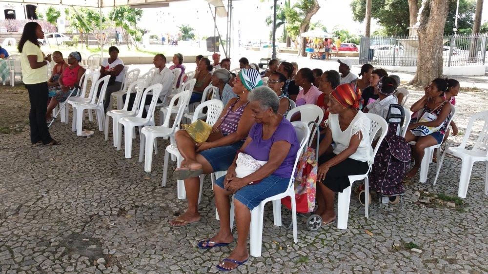 Projeto Bom Samaritano Movimentando a Pra�a