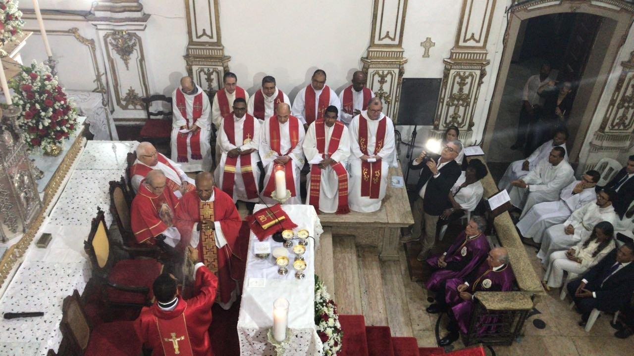 Missa em A��o de Gra�as pelos 60 anos de Pe. Edson Menezes da Silva