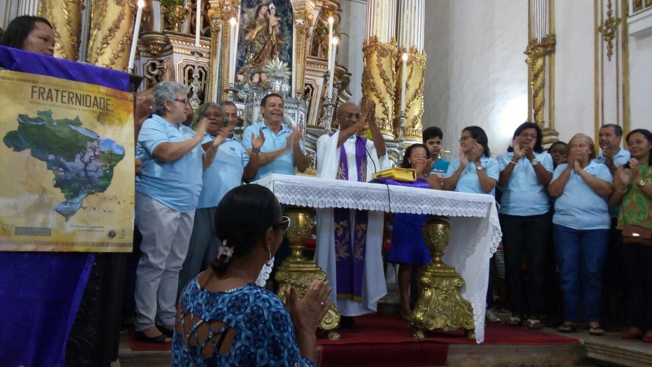 Missa de anivers�rio do Projeto Bom Samaritano