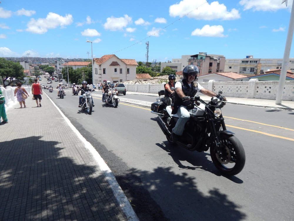 Passeio de motos Harley-Davidson