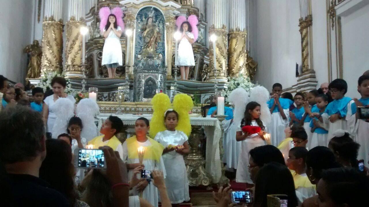 Coroa��o de Nossa Senhora 2015