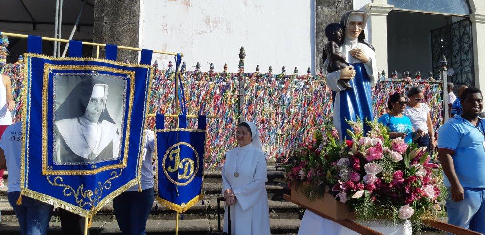2ª Caminhada Irmã Dulce, com saída da Igreja do Bonfim