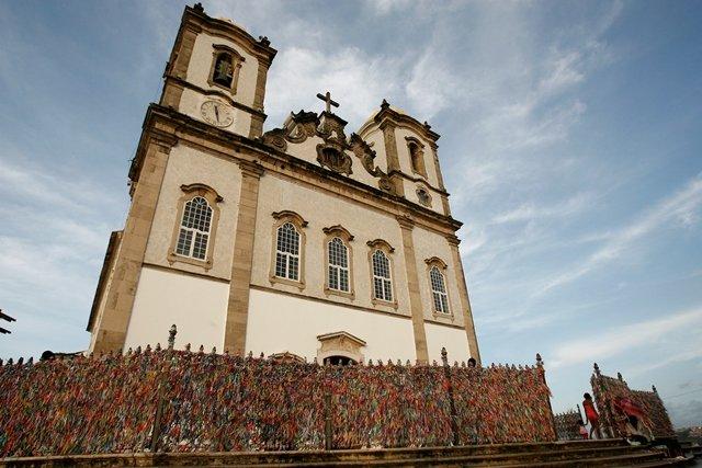 Basílica do Bonfim tem programação especial para as '24 horas de oração para o Senhor'
