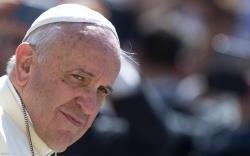 Pe�o-vos, com todo o cora��o: por favor, parem! � tempo de parar! - s�plica do Papa, ao Angelus