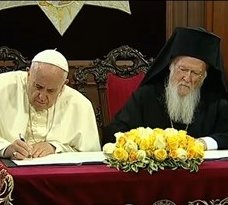 Di�logo entre as religi�es foi intensificado na visita do papa � Turquia