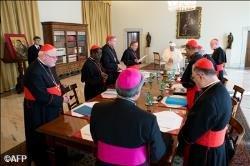 Papa encerra encontros com C9, mas cardeais permanecem no Vaticano para reuni�es paralelas