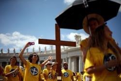 Papa fala da f� 'fi�vel' de Pedro, convida os fi�is a rever a genuidade da pr�pria f� e recorda Ucr�