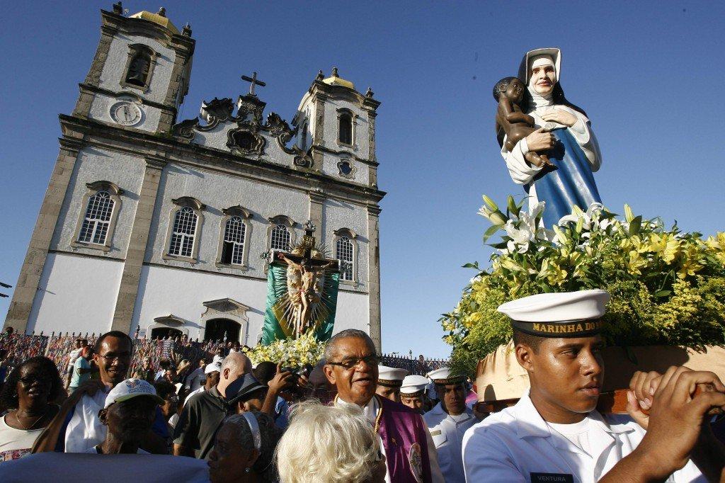 Devotos comemoram centen�rio de nascimento da Bem-Aventurada Dulce dos Pobres