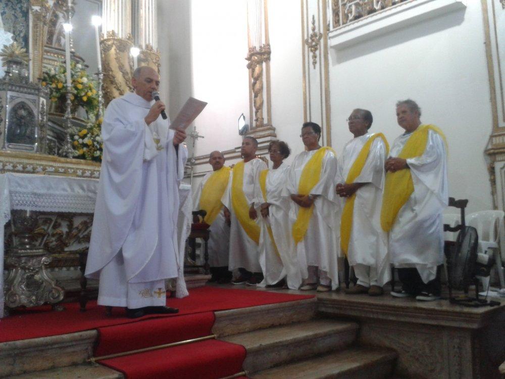 Missa da Ceia do Senhor � celebrada na Bas�lica Santu�rio