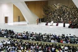 Francisco pede ora��es para o Oriente M�dio e solidariedade com a China