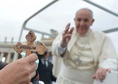 Papa invoca uma mobiliza��o das consci�ncias para impedir as persegui��es contra os crist�os