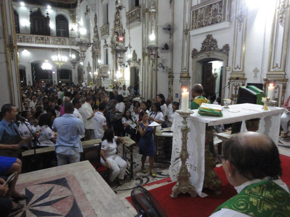Bas�lica do Bonfim celebra Voca��o do Leigo durante Missa