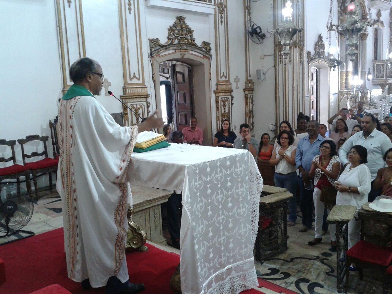 Caravana de Florianópolis/SC na Basílica do Bonfim