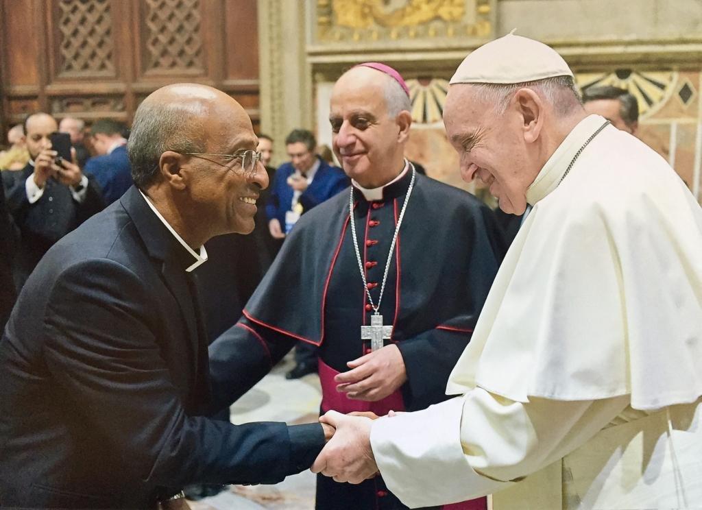 Reitor da Basílica do Bonfim, Pe. Edson Menezes, participa de audiência com Papa Francisco