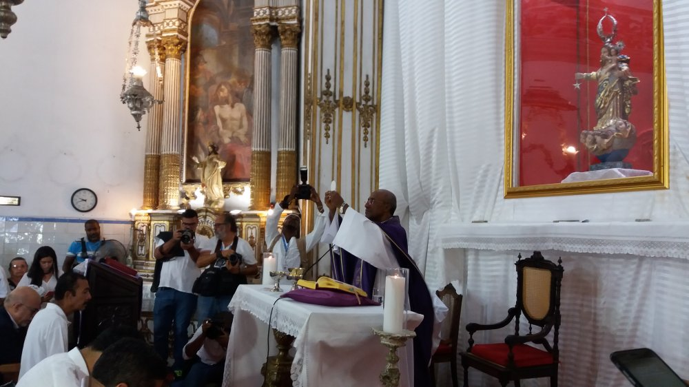 Aniversário de Salvador é celebrado com Missa na Basílica do Bonfim