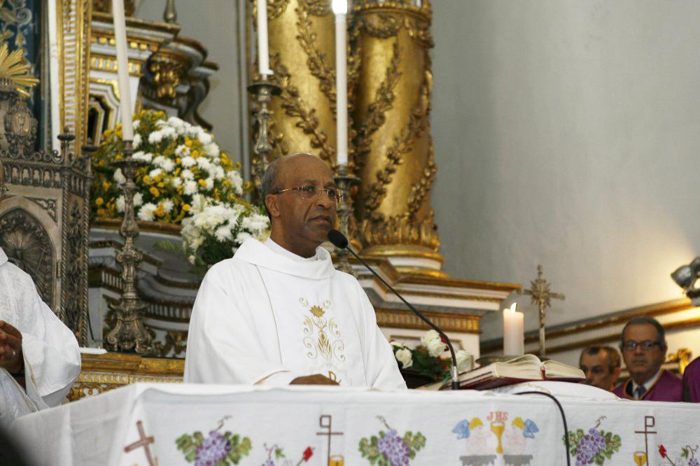 Cônego Edson Menezes da Silva – Reitor e Capelão