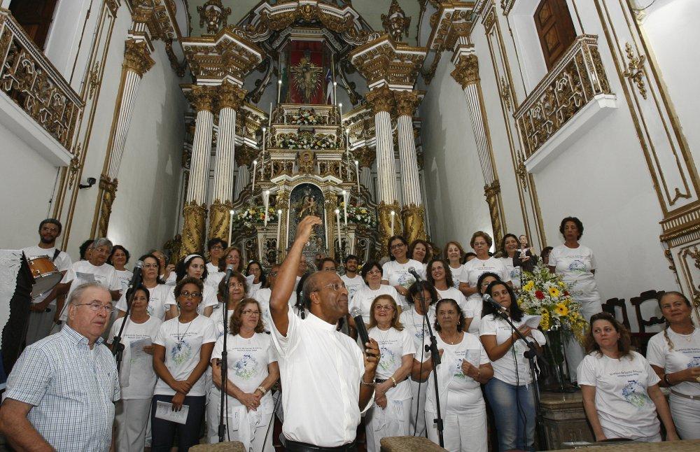 Bas�lica do Bonfim realiza Orat�rio de Santo Ant�nio