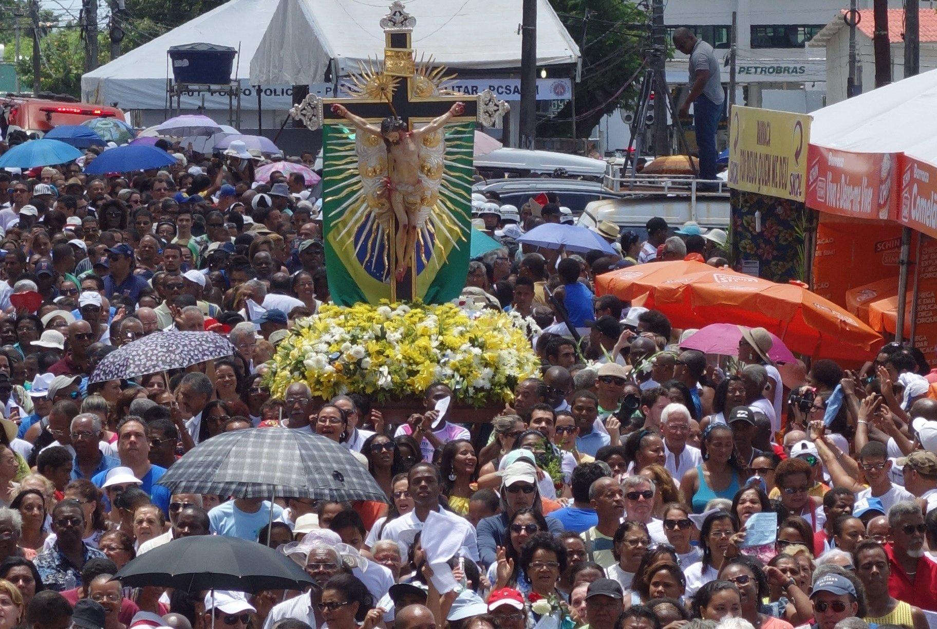 Imagem Peregrina do Senhor do Bonfim participa da Festa da Concei��o