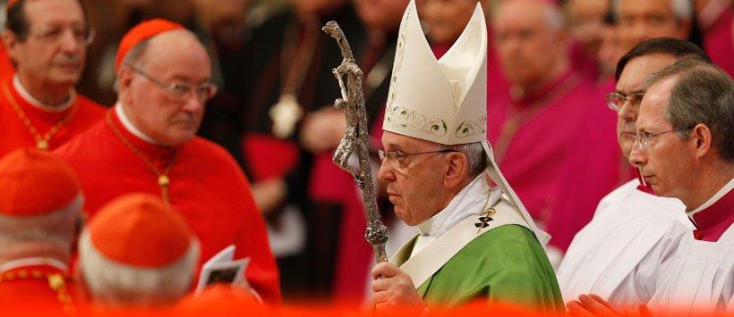 Trabalhos sinodais: a Igreja n�o � uma alf�ndega, mas uma casa paterna