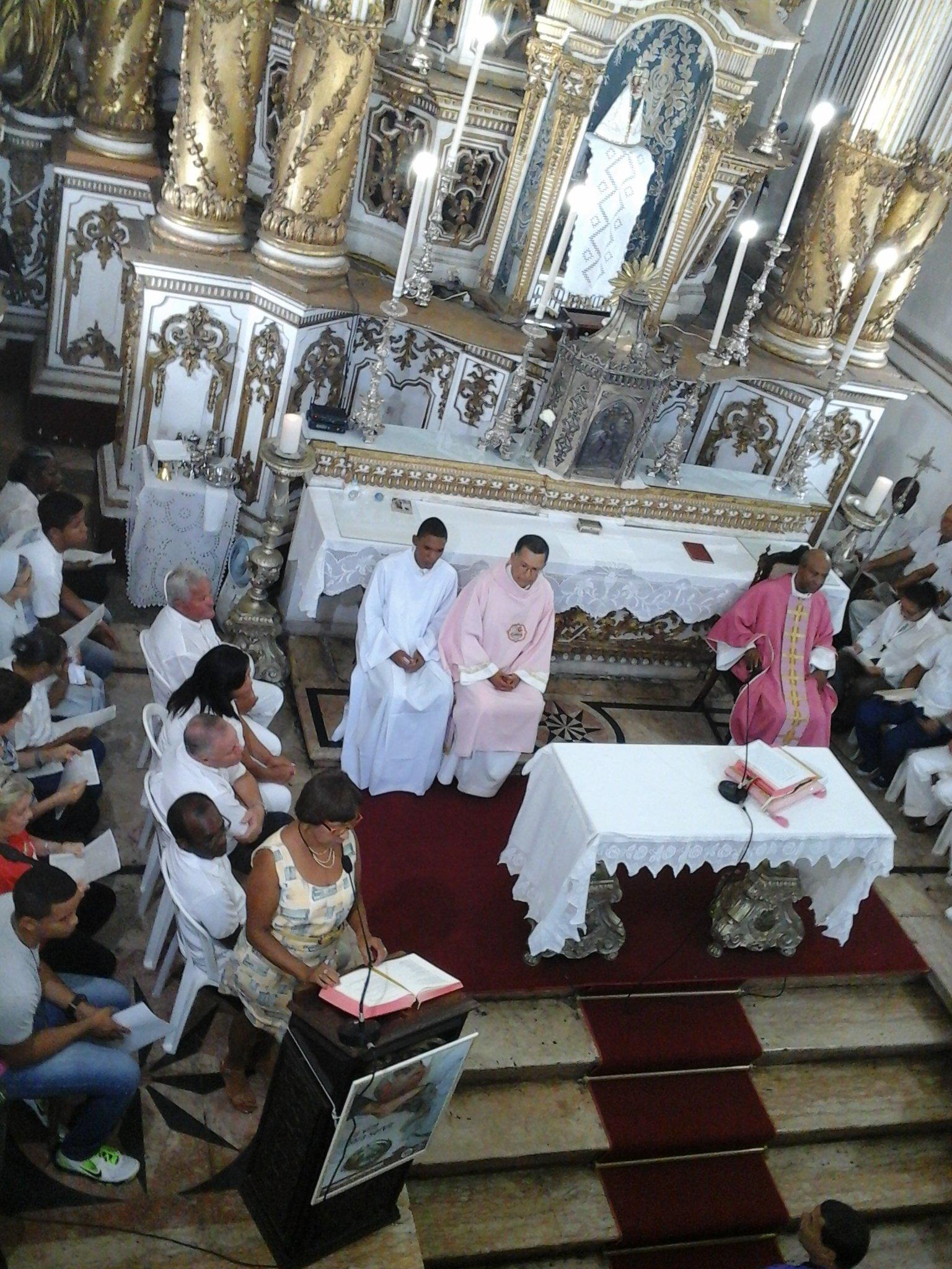 Novos Ministros da Eucaristia da Basílica