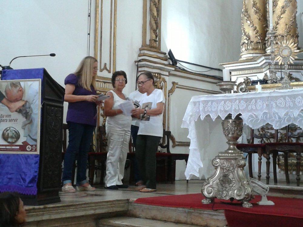 Basílica nas 24 h de oração