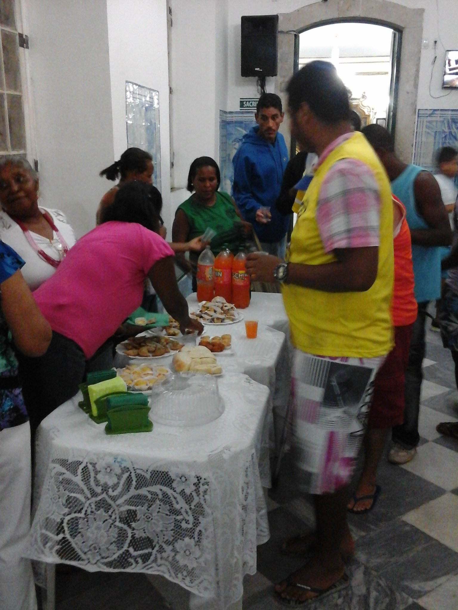 Festa dos pais para os ambulantes do Bonfim