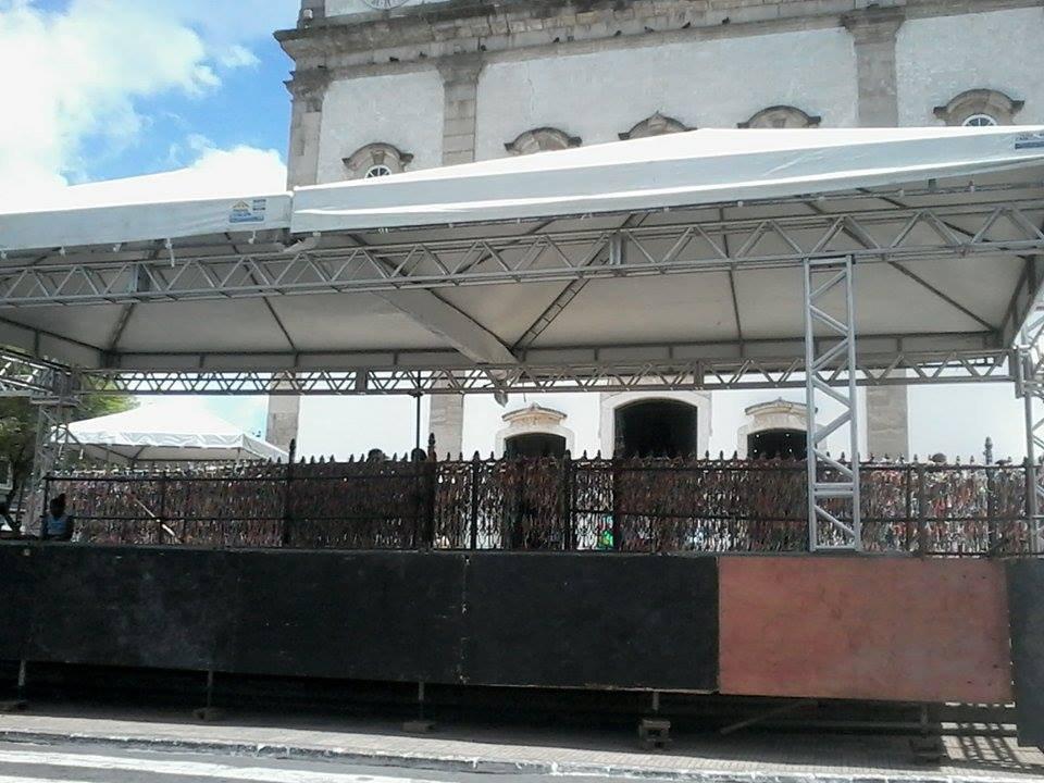 Preparativos para a solenidade de abertura da Porta Santa