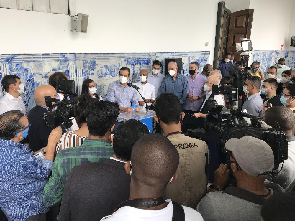 Prefeitura assina ordem de serviço para a restauração dos azulejos da Basílica do Bonfim
