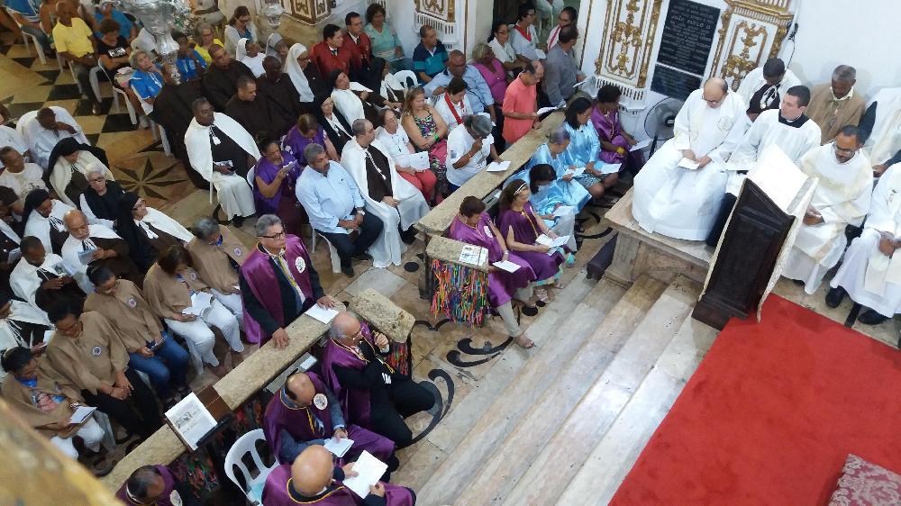 Quarta noite da Novena reúne membros de Irmandades, Devoções, Ordens Terceiras e Confrarias