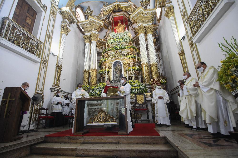 Missa Solene marca dia festivo em homenagem ao Senhor do Bonfim
